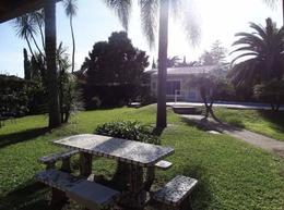 Foto Quinta en Venta en  Pilar ,  G.B.A. Zona Norte  Las Madreselvas al 2500, La Alborada, Pilar.  4 habitaciones, 3 baños, Quincho y Pileta.