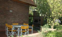 Foto Casa en Venta en  Carilo ,  Costa Atlantica  Divisadero y Lambertiana