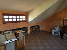 Foto Casa en Venta en  Lomas de Zamora Oeste,  Lomas De Zamora  DONIZETTI 140