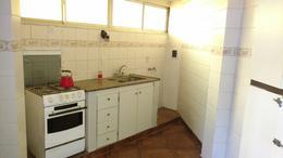 Foto thumbnail Casa en Alquiler en  Castelar,  Moron  Munilla al 2500