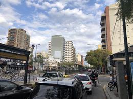Foto Local en Alquiler en  Nuñez ,  Capital Federal  Avenida Cabildo al 3500