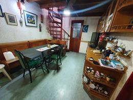 Foto Casa en Venta en  La Lucila-Vias/Maipu,  La Lucila  Acassuso al 1300
