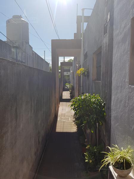 Foto PH en Venta en  Banfield Oeste,  Banfield  Tucuman 1169 Dpto 5