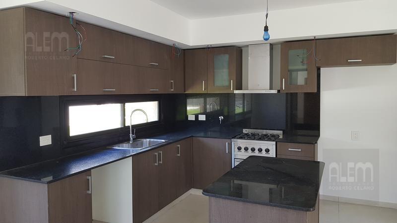 Foto Casa en Venta en  Canning (Ezeiza),  Ezeiza  Terralagos