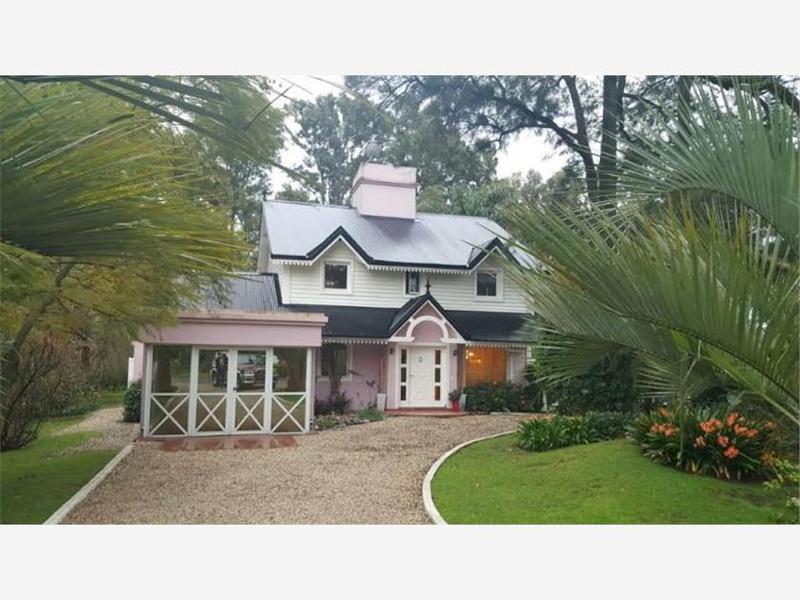 Foto Casa en Venta en  Manuel B Gonnet,  La Plata  485 Y 133.- CASA 56.-  BARRIO PRIVADO SAN FACUNDO.-