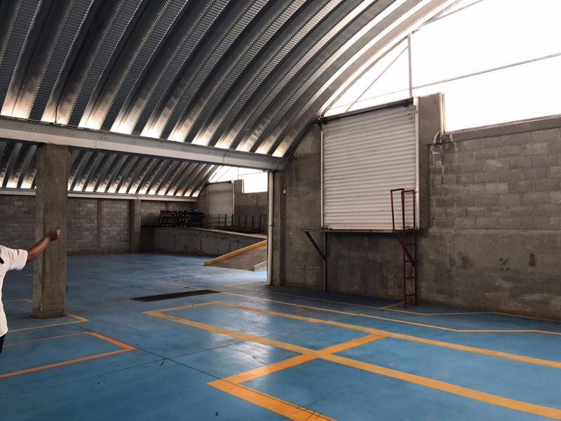 Foto Bodega Industrial en Renta en  Ejido San Pablo,  Querétaro  Bodega y local en venta en Boulevard de la Nacion