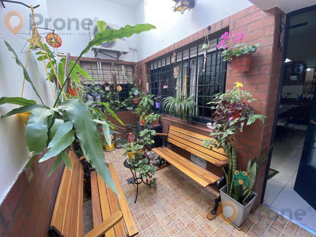 Foto Casa en Venta en  Abasto,  Rosario  Dorrego al 2400