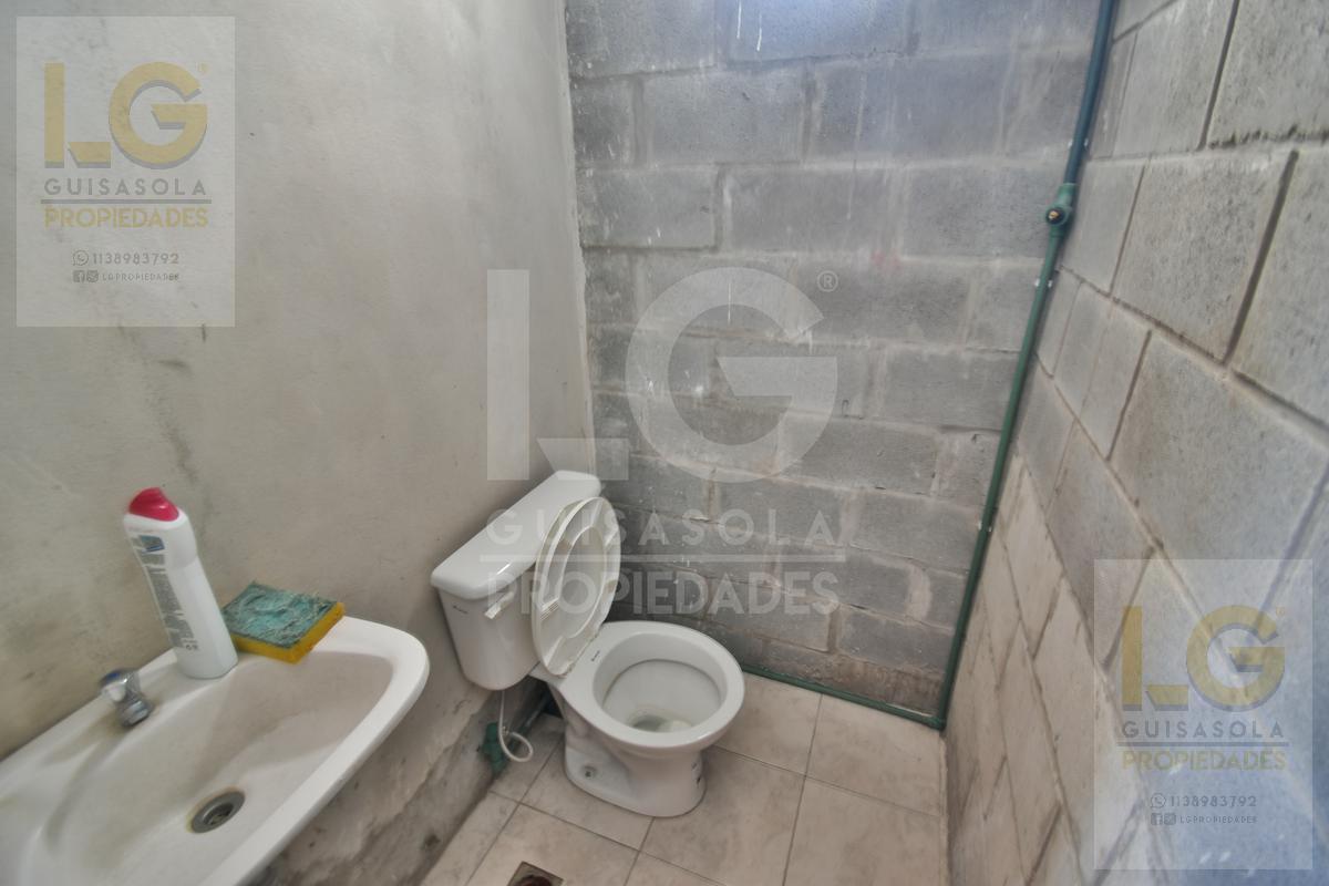 Foto Galpón en Venta | Alquiler en  Florencio Varela,  Florencio Varela  1236 600