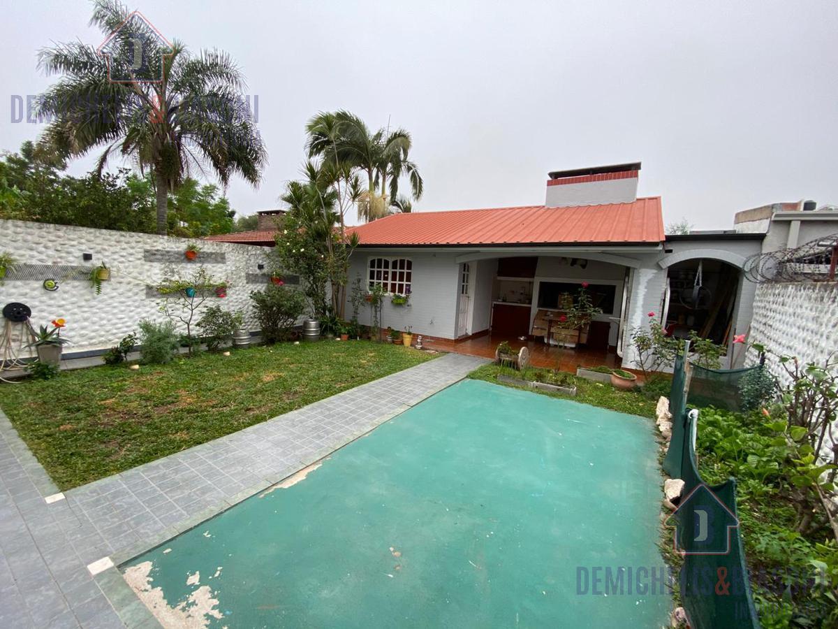 Foto Casa en Venta en  Santa Fe,  La Capital  Piedras al 8100