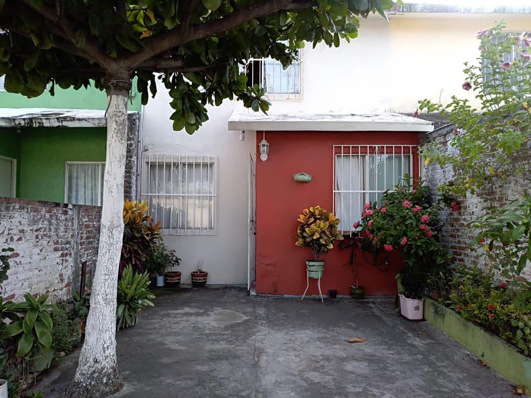 Foto Casa en Venta en  Unidad habitacional Los Volcanes,  Veracruz  Casa en venta en Col. Los Volcanes. VERACRUZ, VERACRUZ