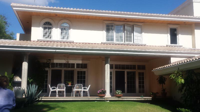 Foto Casa en Venta en  Alamos 1a Sección,  Querétaro  CASA EN PRIVADA EXCELENTE UBICACION EN VENTA ALAMOS 1RA SECCION