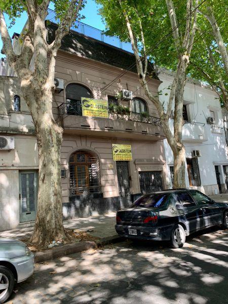 Foto Casa en Venta en  Caballito ,  Capital Federal  Terrero 1100