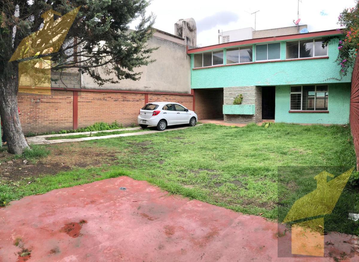 Foto Casa en Venta |  en  La Merced  (Alameda),  Toluca  La Merced  (Alameda)