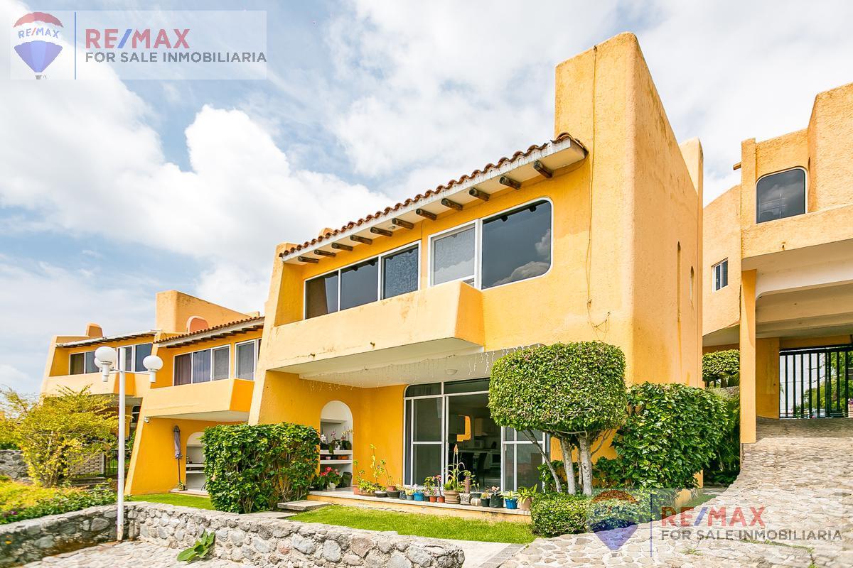 Foto Casa en condominio en Venta en  Lomas de Tetela,  Cuernavaca  Venta de casa en condominio Lomas Tétela, Cuernavaca…Clave 3532