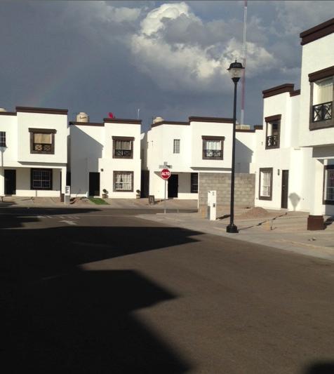 Foto Casa en Renta en  Puente de Piedra,  Chihuahua   CASA EN RENTA  IMPECABLE ,POR PUENTE DE CANTERA,