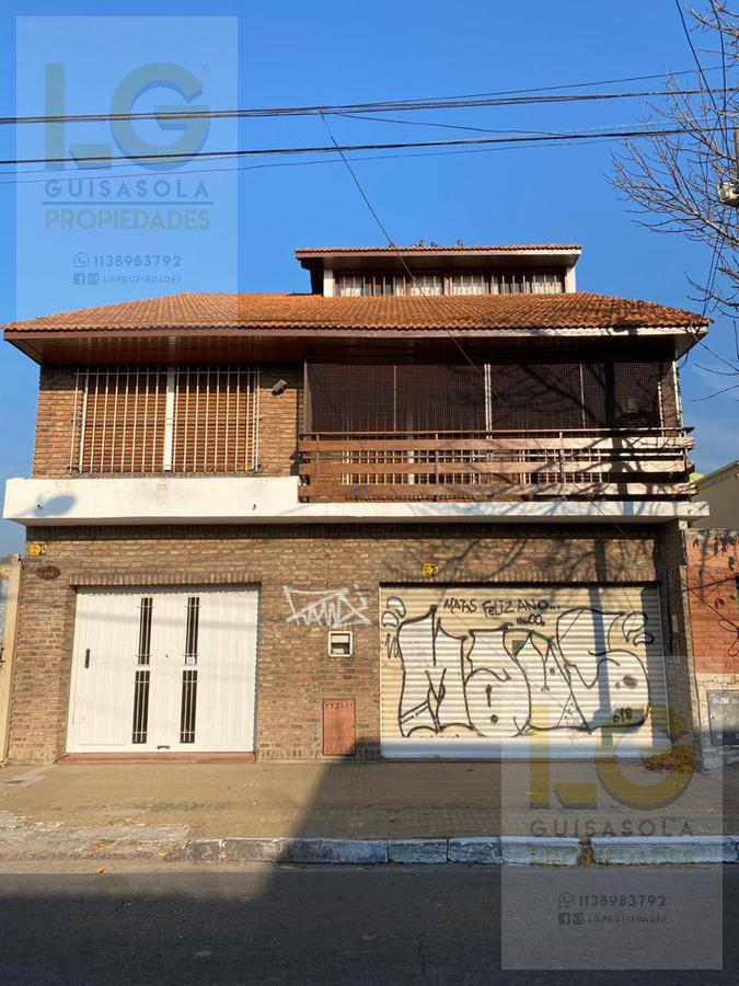 Foto Casa en Venta en  Berazategui ,  G.B.A. Zona Sur  Avenida 24  4900