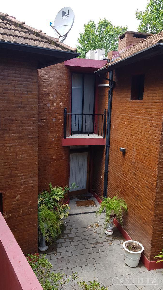 Foto Casa en Venta en  Valle Claro,  Countries/B.Cerrado (Tigre)  Barrio  Valle Claro