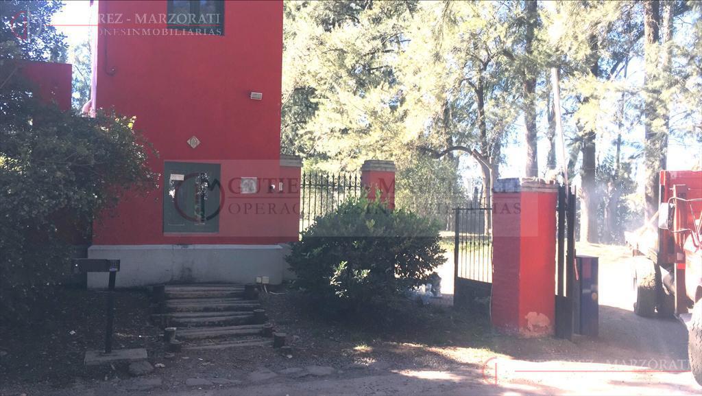 Foto Casa en Venta en  Los Tres Coniles,  Countries/B.Cerrado (Pilar)  Mariano Acosta  al 200