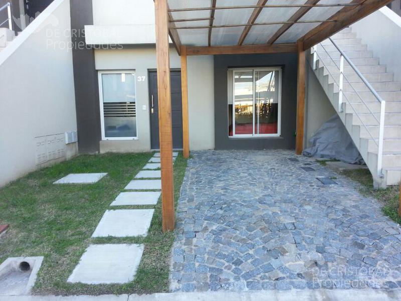 Foto Casa en Venta en  Homes II,  El Palmar  El Palmar Homes II  2 dormitorios con jardín