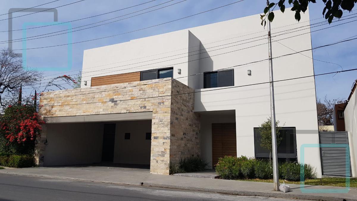 Foto Casa en Venta en  Lomas Del Valle,  San Pedro Garza Garcia  CASA EN VENTA COLONIA LOMAS DEL VALLE EN SAN PEDRO GARZA GARCÍA