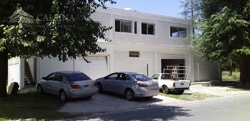 Foto Departamento en Venta en  Cumbres del Golf,  Villa Allende  Avenida Pelegrini casi esquina neuquen