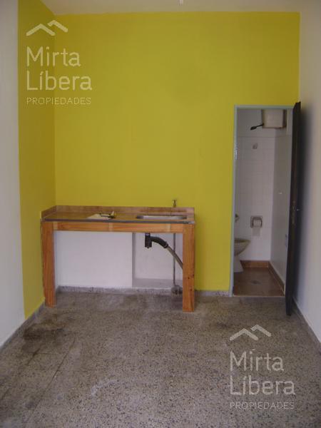 Foto Local en Alquiler en  La Plata ,  G.B.A. Zona Sur  Calle 66 entre 28 y 29