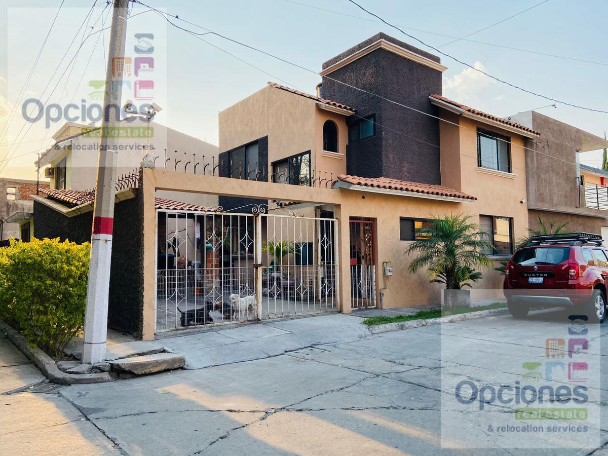 Foto Casa en Venta | Renta en  Fraccionamiento El Monte,  Salamanca  El Monte