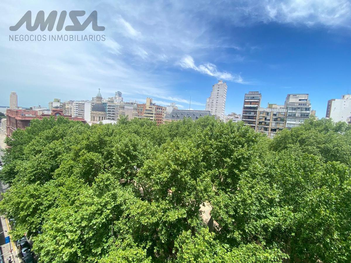 Foto Departamento en Venta en  Macrocentro,  Rosario  SANTA FE 778-9º PISO-A PASOS DE PEATONALES