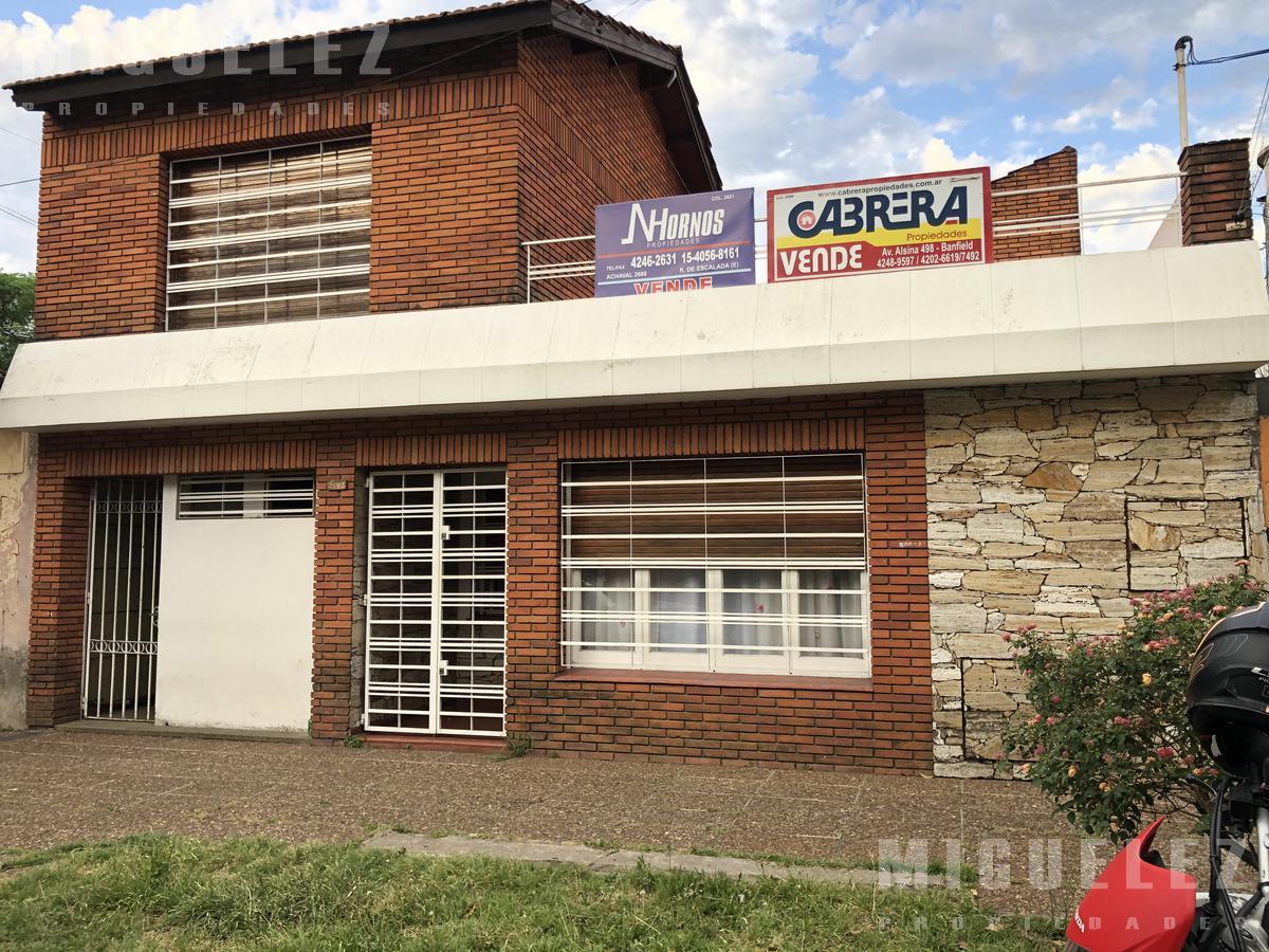 Foto Casa en Venta en  Remedios De Escalada,  Lanus  ROMA 2762, LANUS