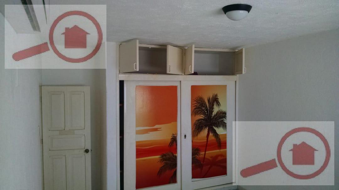 Foto Casa en Renta en  Ricardo Flores Magón,  Veracruz  Casa en Renta frente al mar celca del Malecón ideal para Oficinas, Negocio o Vivienda.
