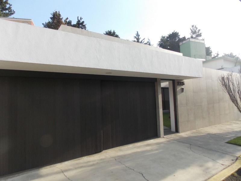 Foto Casa en condominio en Venta en  San Carlos,  Metepec  Club de Golf San Carlos Excelente Casa