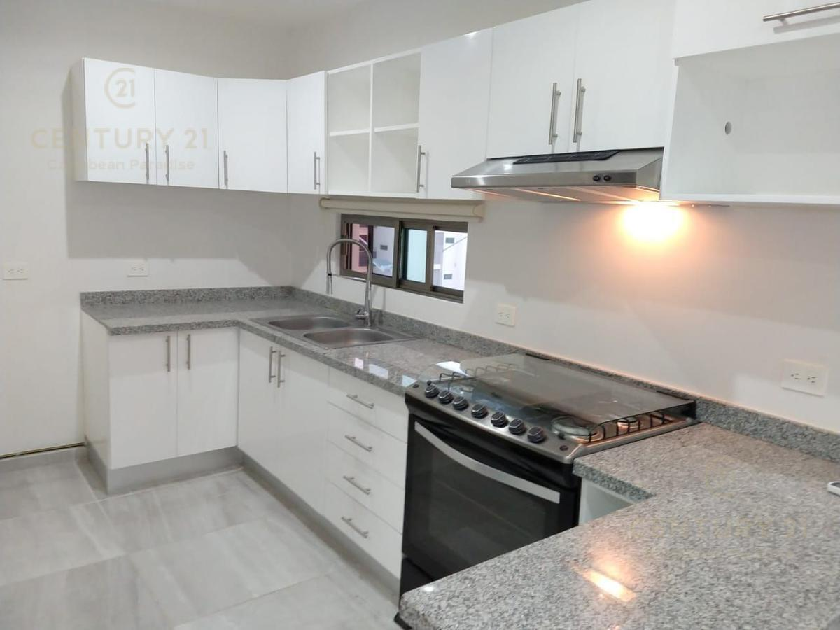 Cancún Apartment for Sale scene image 17