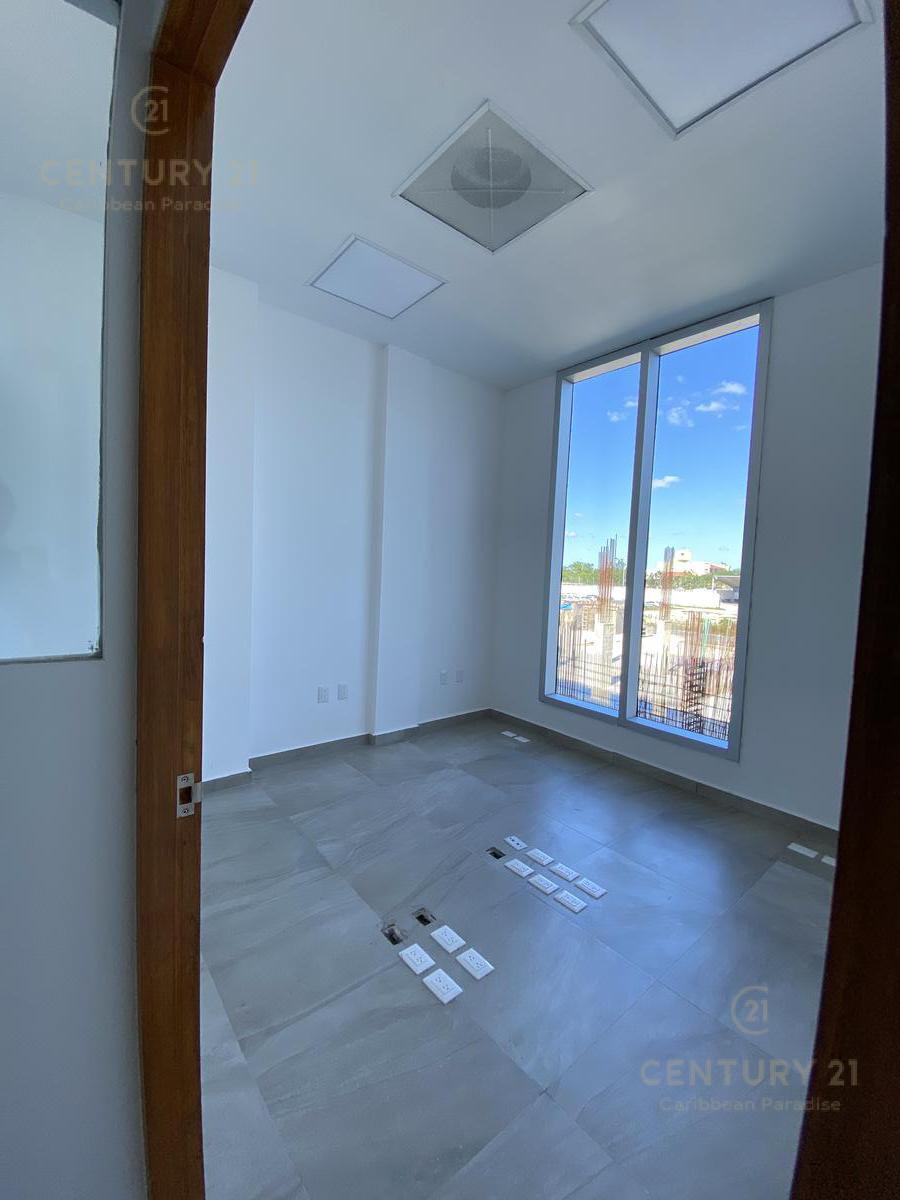 Supermanzana 301 Office for Sale scene image 11