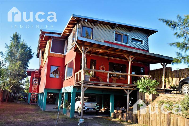 Foto Casa en Venta en  Villa La Ñata,  Tigre          VENTA | HERMOSA CASA de DISEÑO SUSTENTABLE | APTA COMERCIAL