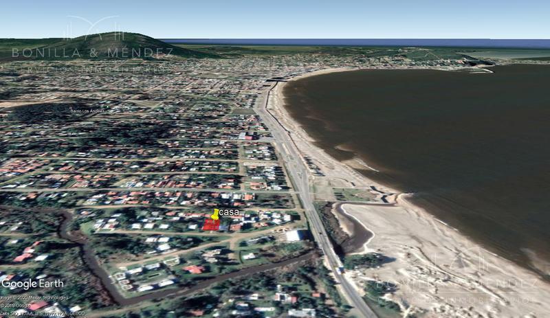 Foto Casa en Venta en  Playa Grande,  Piriápolis  Calle 8, Playa Grande, Portales, Piriápolis