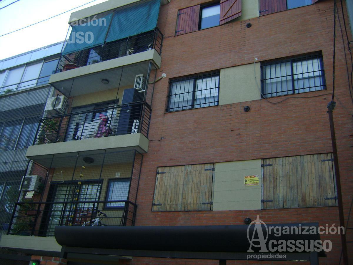 Foto Departamento en Venta en  San Isidro ,  G.B.A. Zona Norte  3 de Febrero al 200