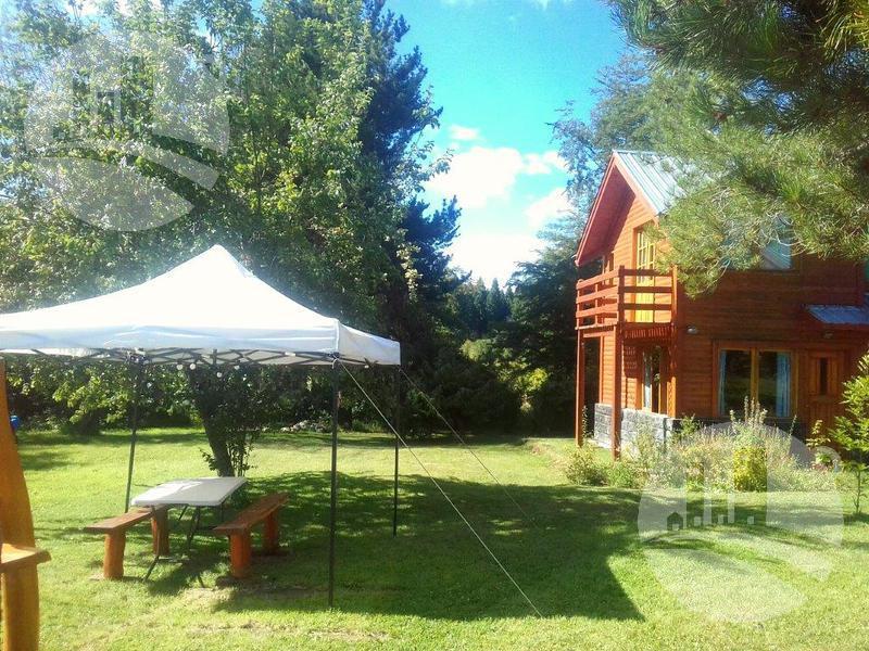 Foto Hotel en Venta en  Lago Puelo,  Cushamen  Complejo de 3 cabañas 2*