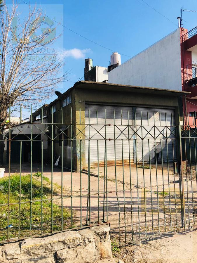 Foto Local en Venta | Alquiler en  Barrio La Florida,  Quilmes Oeste  Camino General Belgrano 4300