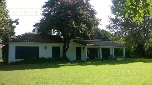 Casa de 360 mts. en Tortugas C.C.