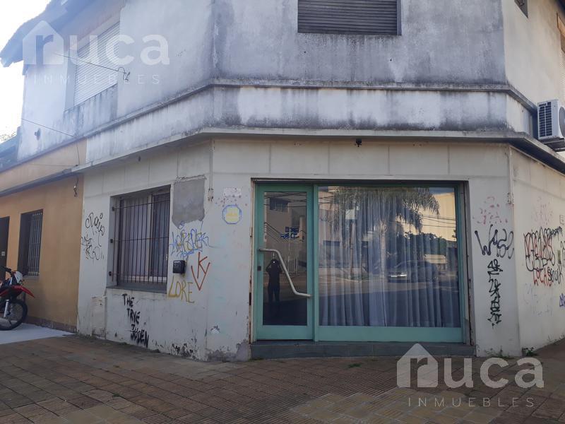 Foto Local en Venta en  Martinez,  San Isidro  Local ideal para Inversión!! Cuyo al 1400 - Martínez