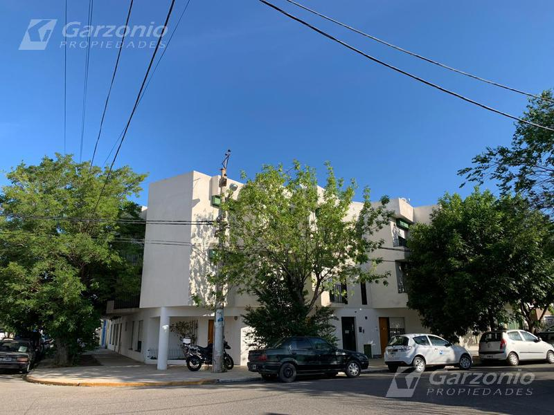Foto Departamento en Alquiler en  Trelew ,  Chubut  Moreno esq, Muzio