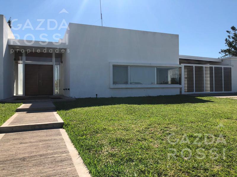 Foto Casa en Venta en  Fincas de San Vicente,  San Vicente  Juan Pablo II y Ruta 58