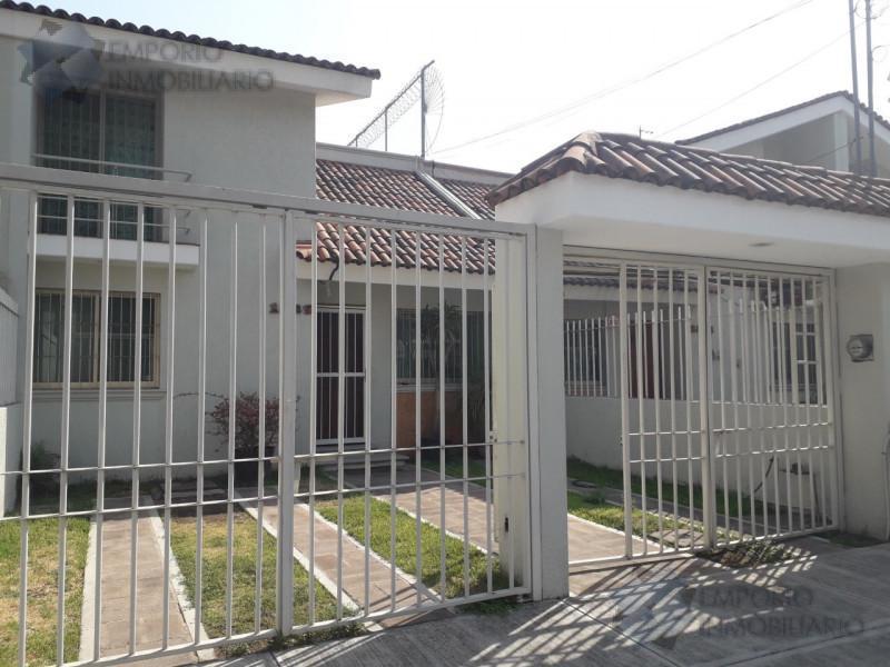 Foto Casa en Renta en  Paseos del Sol,  Zapopan  Casa Renta Paseos Del Sol $19,500 A257 E1