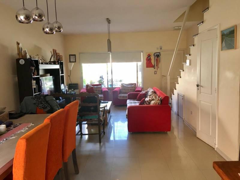 Foto Casa en Venta en  Las Margaritas,  Countries/B.Cerrado (Pilar)  OPORTUNIDAD! HERMOSA CASA EN LAS MARGARITAS/ BAYUGAR PROPIEDADES