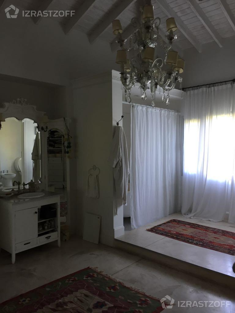 Casa--El Barranco-El Barranco
