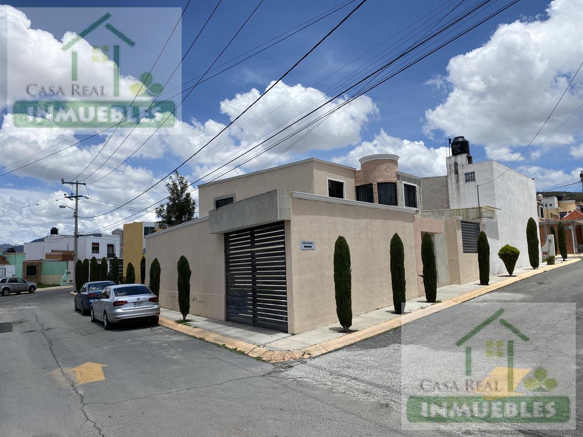Foto Casa en Venta en  Fraccionamiento San Fernando,  Mineral de la Reforma  Casa en Venta en esquina en  San Fernando (Chacon)