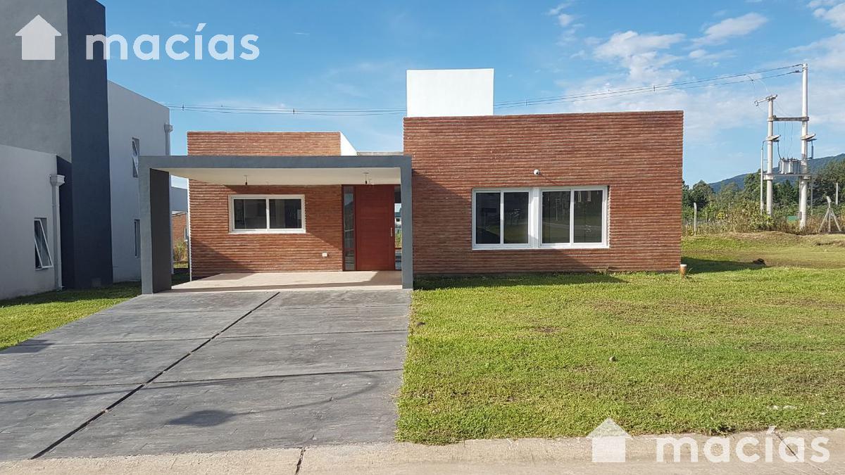 Foto Casa en Venta en  Yerba Buena ,  Tucumán  VILANOVA