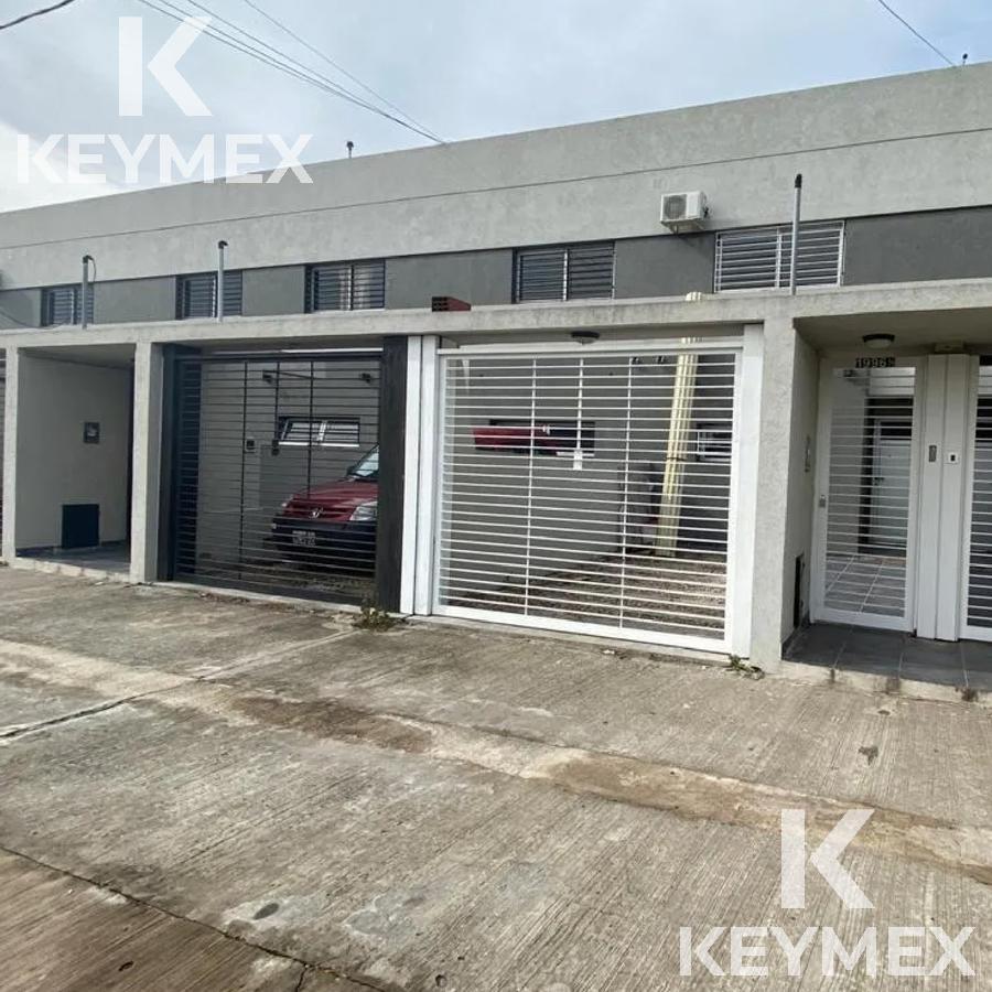 Foto Casa en Venta en  La Plata ,  G.B.A. Zona Sur  33 y 135