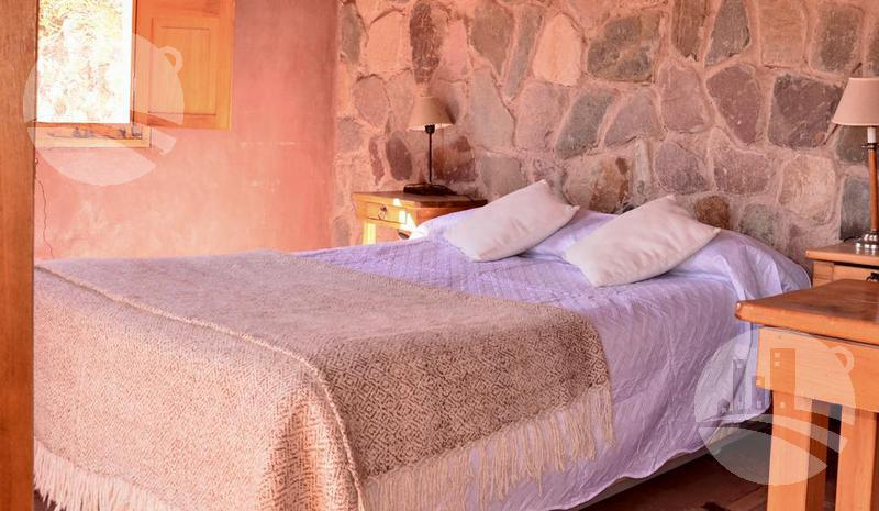 Foto Hotel en Alquiler en  Tilcara ,  Jujuy  Hotel  7 hab.