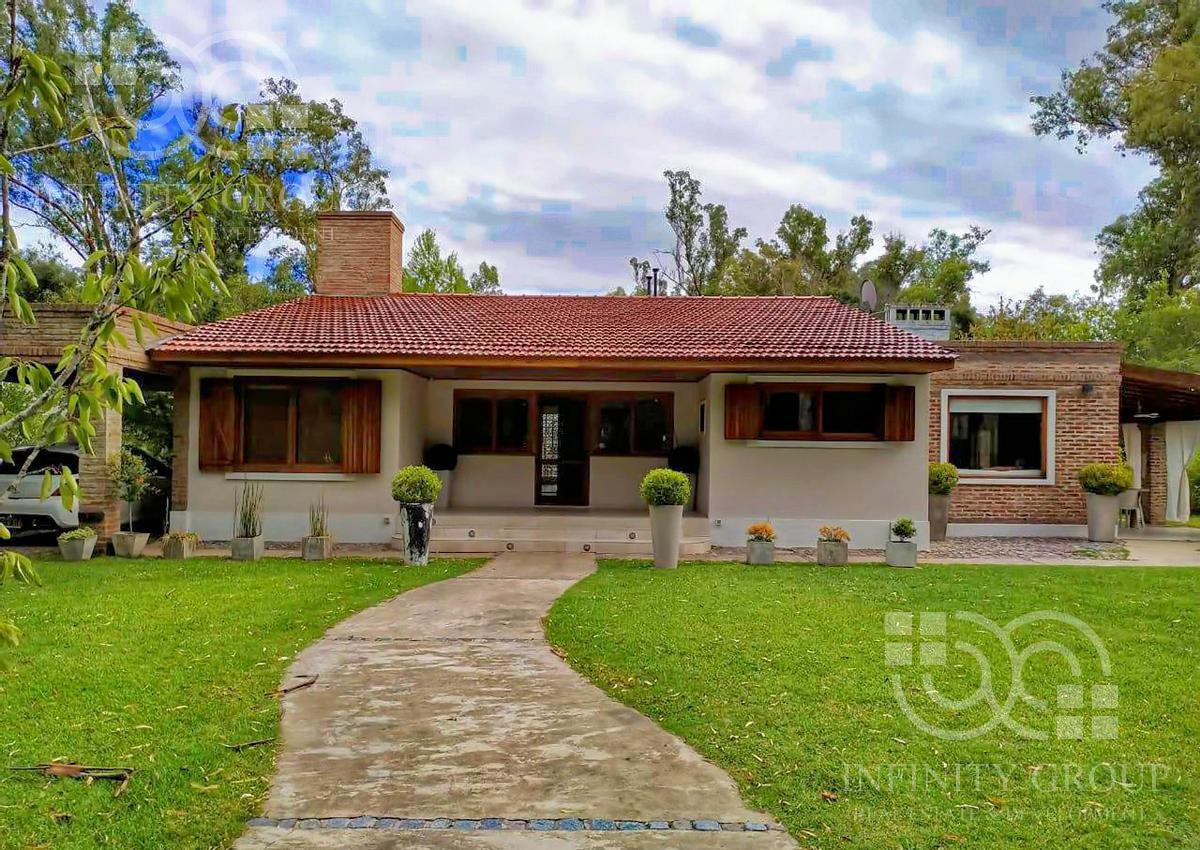 Foto Casa en Venta en  Barrio Los Bosquecitos,  Coronel Brandsen  Cnel. Suarez 250, Los Bosquecitos